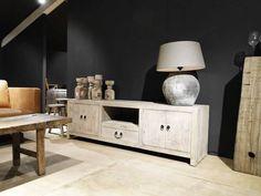 TV-meubel van oud hout Abruzzo - ROBUUSTE TAFELS! Direct uit voorraad of geheel op maat >>