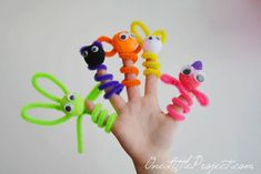 Here are the 11 Best Pipe Cleaner Crafts for Kids. From pipe cleaner animals to pipe cleaner crowns, these ideas are sure to keep your child& attention. Crafts For Kids To Make, Craft Activities For Kids, Easy Diy Crafts, Preschool Crafts, Kids Crafts, Craft Projects, Arts And Crafts, Craft Ideas, Ideas Fáciles