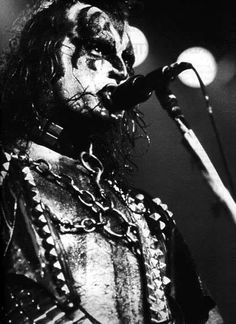 Rock N Roll Music, Rock And Roll, Gene Simmons Kiss, White Face Paint, Detroit Rock City, Vinnie Vincent, Eric Carr, Vintage Kiss, Black And White Face