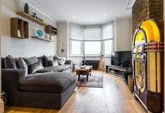 Cool 2 bed / 2 bath in Shepherd's Bush Furniture, Perfect Place, Room, Holiday Home, Home, Sectional Couch, Apartment, Bed, Rental Apartments