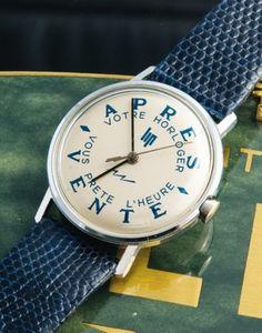 LIP Electric Chromé / Après vente, vers 1964 Belle version de la mythique montre de prêt de la manufacture produite entre 1964 et 1966. A l'époque, votre horloger vous la confiait quand vous déposiez votre montre à l'atelier. La légende veut que la montre ne fût pas souvent rendue à l'horloger, l'emprunteur la préférant à la sienne. Mouvement : Calibre électromécanique LIP R148. Diam. 44 mm