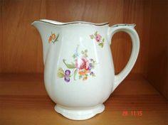 Arabia Kesäkukka Kitchenware, Tableware, Finland, Beautiful Things, Pots, Two By Two, Porcelain, Ceramics, Traditional