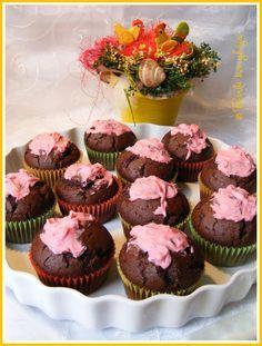 Tündértorta vagy kólás Muffin Mini Cupcakes, Muffins, Breakfast, Food, Morning Coffee, Muffin, Essen, Meals, Yemek