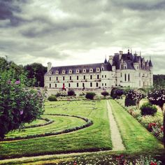 Just visited Le Chateau de Chenonceaux castle gifted to Diane de Poitiers by King Henry II -Vallée de La Loire