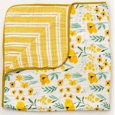 Buttercup Blossom Muslin Quilt