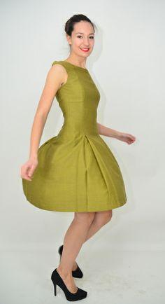 senf-4-Faltenkleid,überschnittene Schulter von parapluie - la mode pour la mode auf DaWanda.com