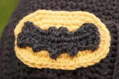 Crochet Batman symbol from Louie's Loops: Holy free pattern, Batman!!