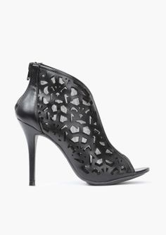 Isabel Cut Out Bootie
