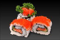 salmon cream cheese roll (サーモンクリームチーズロール)
