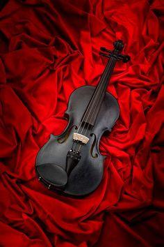 Black Violin and Red Velvet