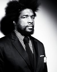 """Ahmir """"Questlove"""" Thompson serves as drummer, bandleader and producer for The Roots. The Roots Band, Hip Hop Bands, How To Look Handsome, Tonight Show, Attractive People, Late Nights, Record Producer, Pop Culture, Blues"""