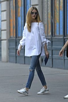 Off the shoulder Zara Stunning Spring Outfit Ideas For The Year faya 🙌💙👍Olivia Palermo lo sabe!Olivia Palermo wearing an off the shoulder white shirt pairing it up with a denim skinny jeansCelebrity Street Style of the Week: Oli Olivia Palermo Outfit, Olivia Palermo Style, Cool Outfits, Casual Outfits, Fashion Outfits, Summer Outfits, Summer Ootd, Fashion Shirts, Amazing Outfits