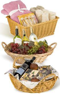 Food Gift Baskets, Food Gifts, Storage Baskets, Wicker Baskets, Flower Arrangements, Boxes, Tray, Crafts, Floral Arrangements