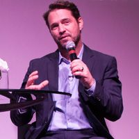 Infiniti's Evening of Inspired Performance With Jason Priestley + Signed Book Contest | #Vancouverscape #JasonPriestley #Infiniti #InfinitiCanada #signedbook #contest #giveaway