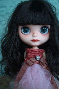 Will you be my mommy? Little Doll, Little Girls, Gothic Dolls, Creepy Dolls, Custom Dolls, Diy Doll, Ball Jointed Dolls, Doll Face, Big Eyes