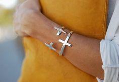 cross bracelet-