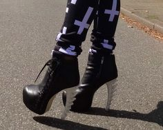 """! * YULIE KENDRA´S LIFE * !: Let´s start the week with my """"Outfit of the day"""" dsquared skeleton highheels high heels blogger fashion trend 2013 summer inverted cross statement"""