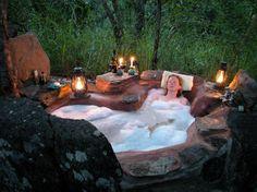 Nkwichi Lodge Outdoor Bath <3