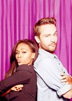 "Total fan girl squee on this one!  Community: 20 Times The Cast Of ""Sleepy Hollow"" Proved They Are Utterly Adorable"