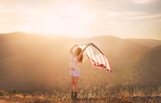 Holding the USA flag in the wind Widescreen Girl Wallpaper Pictures Of Flags, Couple Pictures, Senior Pictures, Senior Pics, Senior Year, Grad Pics, Graduation Pictures, Flag Photoshoot, American Flag Photography