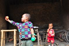 zu Besuch bei einem chinesischen Wanderarbeiter Nongmingong in Chengdu, Sichuan, China Chengdu, China, Decor, Migrant Worker, Worker Bee, Chinese, Hiking, Pictures, Decoration