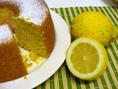 Receitas de Portugal: O melhor bolo de limão do mundo Food Cakes, Sweet Recipes, Cake Recipes, Biscuits, Coco, Muffins, Recipies, Deserts, Lemon