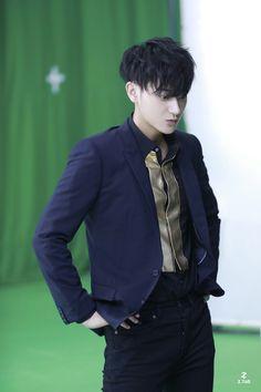 Tao Exo, Huang Zi Tao, Pop Idol, Panda, Kpop, Awesome, China, Boys, Baby Boys