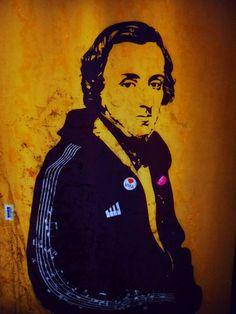Street Art in Warsaw: Chopin in Srodmiescie, the city centre. Photo by :: De todos los Colores ::