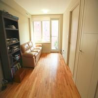 ****Month of August FREE***** ***NO FEE****** This is a great 1 bedroom apartment in mint condition (newly renovated!) and very spacious with lots of sunl