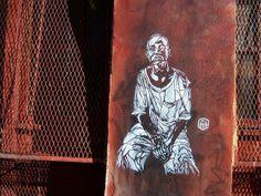 C215 #worldurbanartists #streetart #graffitiart #wallmurals #freewalls #art #graffiti #urbanart #c215