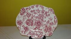 Johnson Bros. Red English Chippendale Oval Platter Johnson Bros, Antique China, Platter, English, Antiques, Red, Home Decor, Antiquities, Antique