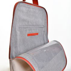 Linen backpack with adjustable leather straps Outer material: linen and leather Lining: cotton blend Pockets:  Big outer pocket Inner separated little pocket 2 transparent inner pockets Closure: zipper Metallic accessories: laser-cutted stainless steel Size: 30/23*36*8 cm 6,5 l