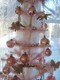French Beauty Mark: Marie Antoinette Tiara Christmas Tree
