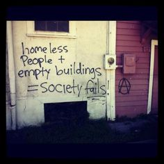 This street art makes us aware of the rampant poverty taking place in both developing and developed nations. Homeless people and empty buildings, Society fails Change The World, In This World, Building Society, Political Art, Political Junkie, Political Quotes, Homeless People, Helping The Homeless, Mantra
