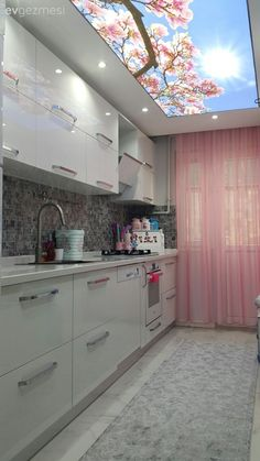 Merve cuisine renewed after the renovation of the lady, won a bright and spacious appearance with white cabinets; pink tulle and floral tie ceiling adds an elegant and cheerful air to the area . Kitchen Ikea, Kitchen Room Design, Home Decor Kitchen, Kitchen Interior, Kitchen Dining, Kitchen Cabinets, White Cabinets, Kitchen White, Western Kitchen