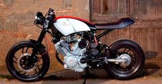 Yamaha XV500 Virago cafe Racer