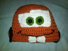Crochet Cars Tow Mater Hat - no pattern. Think I can figure this one out. Crochet Car, Crochet Disney, Crochet Kids Hats, Crochet For Boys, Crochet Beanie, Cute Crochet, Crochet Crafts, Crocheted Hats, Crochet Scarves
