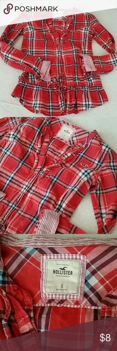 Hollister Plaid Ruffle Bottom Long Sleeve Size Small .. cute! Hollister Tops