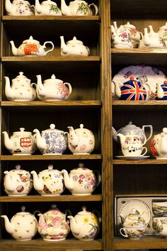 Difficult not to pin every photo on this blog . . . TEAPOTS!