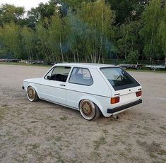 #VolkswagonClassiccars Volkswagen Golf Mk1, Vw Mk1, Fast Cars, Sport Cars, Cars And Motorcycles, Dream Cars, Classic Cars, Automobile, Golf 1