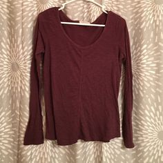 Maroon long sleeve shirt This long sleeve shirt is so comfortable! And the color is awesome with a cream chunky scarf to wear with it! Forever 21 Tops Tees - Long Sleeve