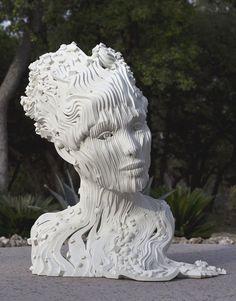 incríveis esculturas feitas com fitas de aço | Foto Shot
