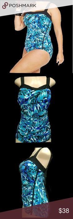 6aed1b4e05e05 I.N.C International Concepts Plus size Swimsuit I.N.C International  Concepts Plus size Woman Swimsuit, size 18