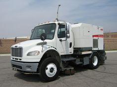 2008 Elgin Broom Bear Sweeper on Freightliner M2 Chassis, Single Engine Mechanical Street Sweeper, Cummins ISC 8.3L 240HP Engine, Allison 3500RDS Automatic, CARB Compliant, PM-10 Certified