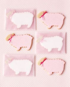 Okay, so these lamb-cutout-cookies kind of look like baby shower cookies. But wouldn't they be adorable for the farm girl bride-to-be??