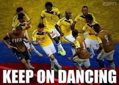 La petite danse des Colombiens sur le podium des Champions (vidéos) - http://www.actusports.fr/111167/la-petite-danse-des-colombiens-sur-le-podium-des-champions-videos/