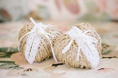 Straw heart and lace wedding ring holders - new zealand vineyard wedding #rustic #vintage