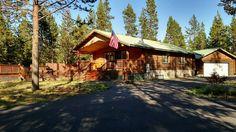 Cabin vacation rental in Oregon Water Wonderland (Bend, OR, USA) from VRBO.com! #vacation #rental #travel #vrbo