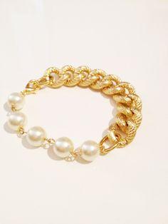 pearls & chain bracelet