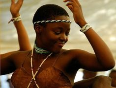 TRIP DOWN MEMORY LANE: TSWANA PEOPLE: SOUTH AFRICA`S HARDWORKING PEOPLE WITH EXTRA-ORDINARY DANCING AND UNIQUE CULTURAL DANCE